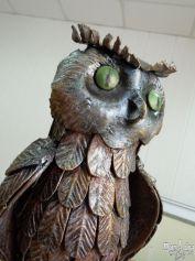 Фигура совы для украшения сада