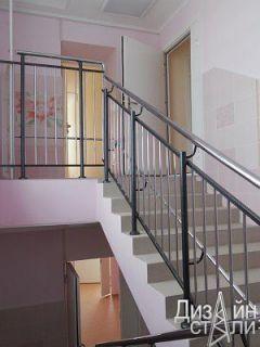 Ограждение для школьной лестницы