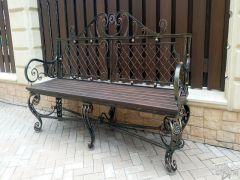 Металлическая скамья для сада