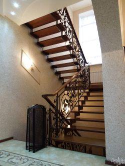 Лестница маршевая в подъезд